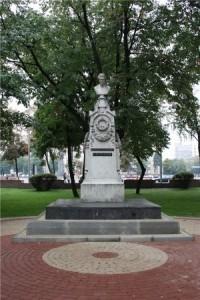 Цена фото на памятник воронеж в ялте памятники на могилу в хабаровске