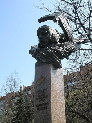 Памятники курск цены 2018 цены на памятники минск цены и фото