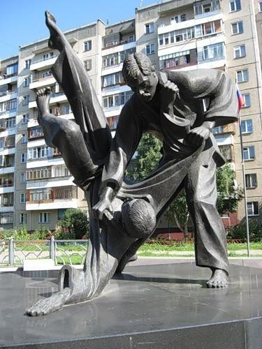 Цена на памятники челябинска в сочи общество сохранения памятников хабаровск