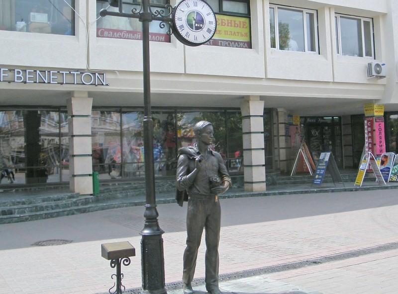 Где купить памятник с 2009 года является неофициальным символом воронежа памятники недорогие фото габбро
